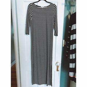 max studio | striped 3/4 sleeve maxi dress